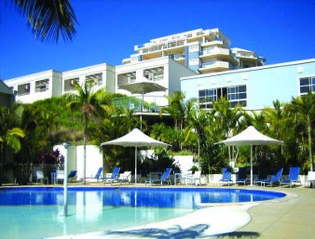 RAMADA RESORT on the BEACH-Sleeps 6 - Shoal Bay - Villa