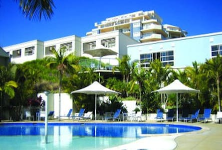 RAMADA RESORT on the BEACH-Sleeps 6 - Villa