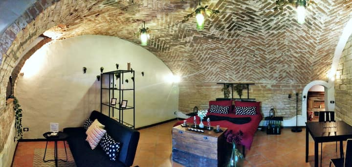 Grignolino Apartment, modern cellar, swimming pool