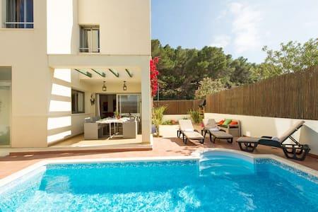 Duplex private pool Ibiza WIFI close to beach