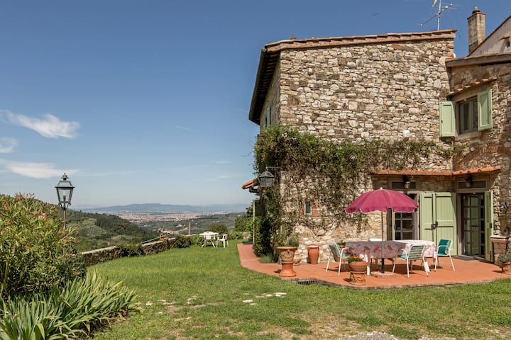 APARTMENT IN TUSCANY VILLA NEAR FLORENCE