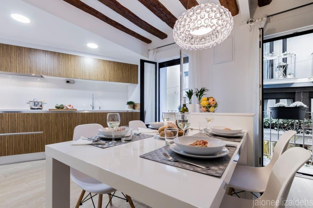 Center pamplona apartment apartamentos en alquiler en pamplona navarra espa a - Alquiler apartamento pamplona ...