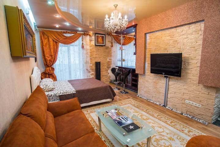 Luxury apartment. Park them. Globa