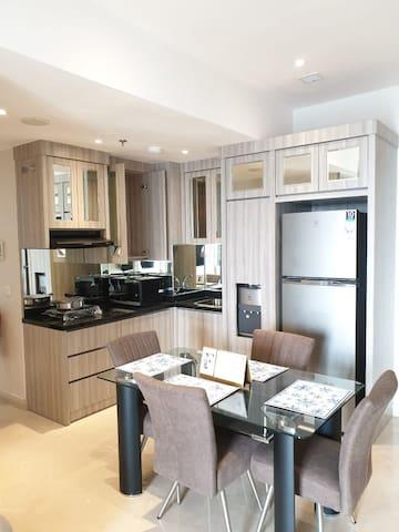 Sewa Rent One Icon Residence Apartment Pakuwon