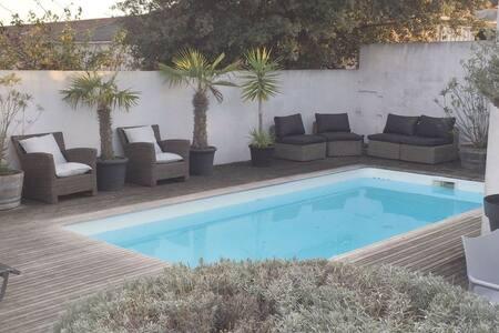 Agréable villa avec piscine - Le Bois-Plage-en-Ré