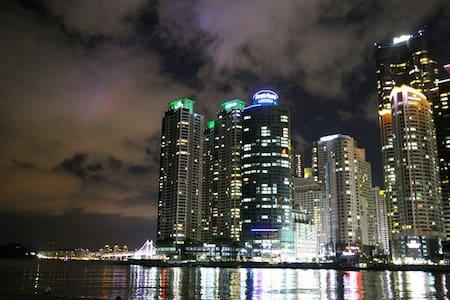 해운대 마린시티~!♡Haeundae Beach 문하우스 #1 - Haeundae-gu