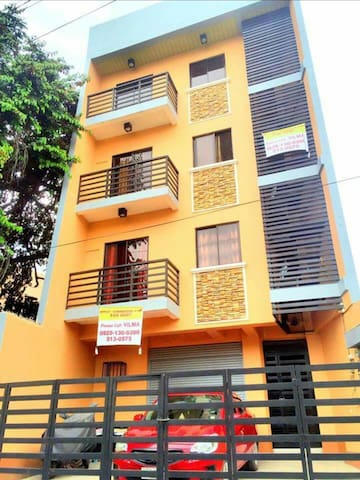 Cebu Affordable Furnished Executive Apartment-302