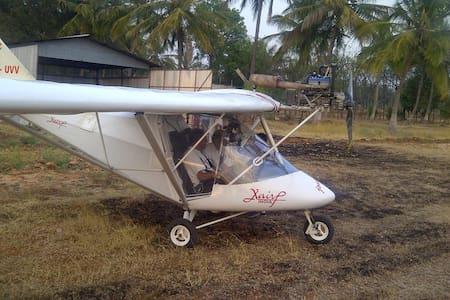 Farm 'n Fly - Gundlupete
