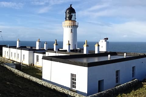 Lighthouse at the northernmost point of Scotland.