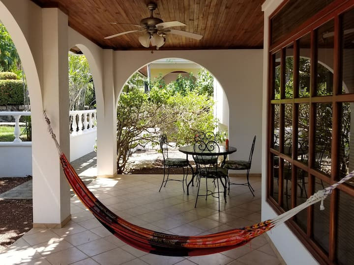 Just Listed!  El Oasis, 3-5 min. walk to the beach