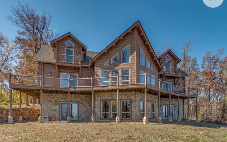 NC Luxury Mountaintop estate