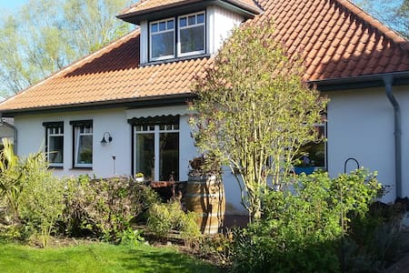 Thedinghausen an der Weser - Thedinghausen - Bed & Breakfast