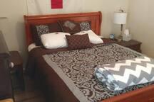 2nd br queen bed