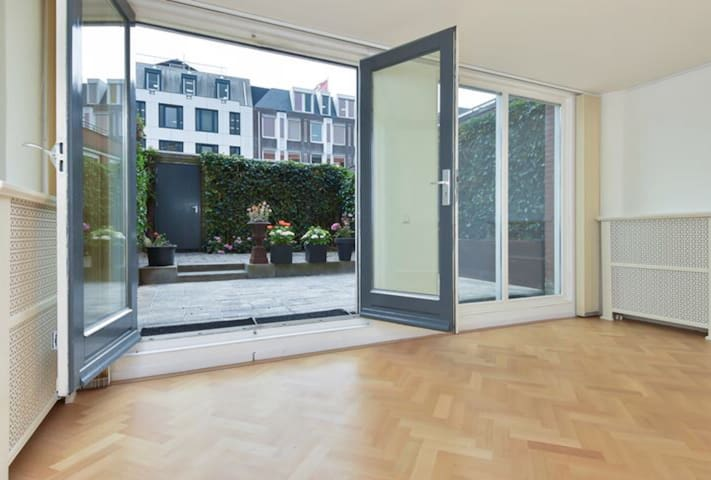 Beautiful maisonnette with large private garden