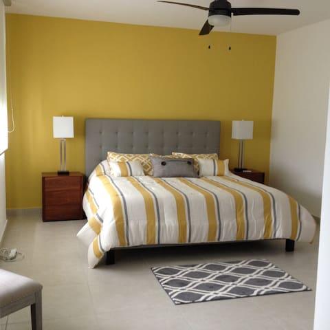 Master Room King Bed