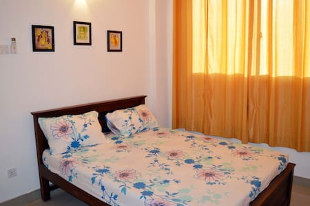 Cozy apartment,AC rooms, - Appartement