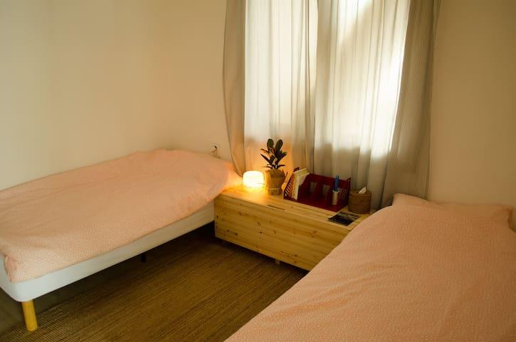 천진해변의 조용하고 저렴한 숙소, cozy,clean budget guest room