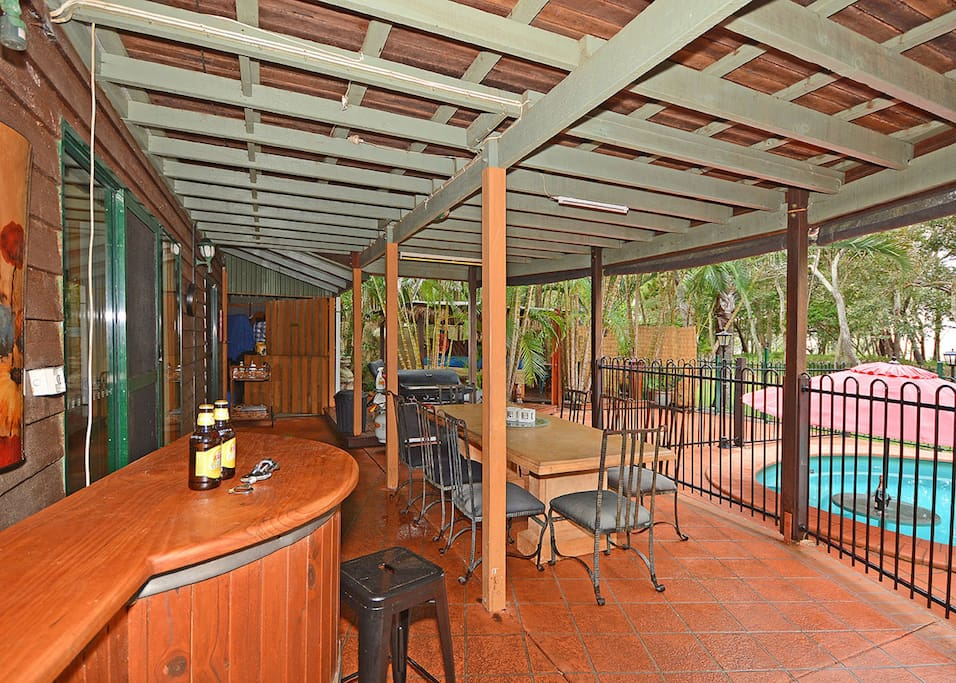 Downstairs Bar compliments outside Eating Area and Pool