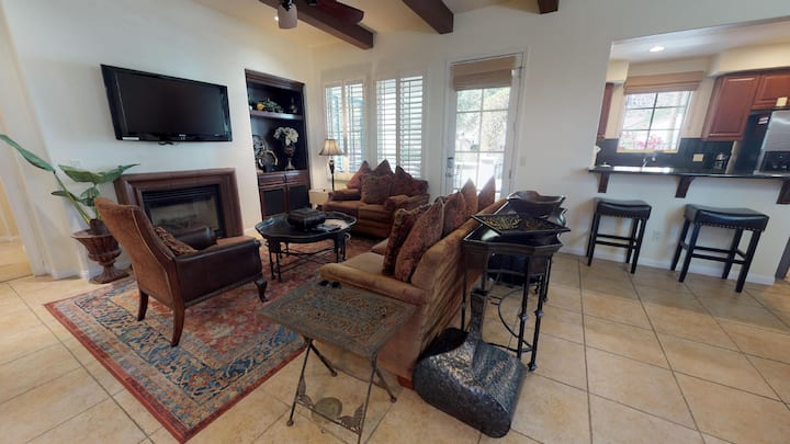 (LV302) Three Bedroom Secluded Legacy Villas Townhome