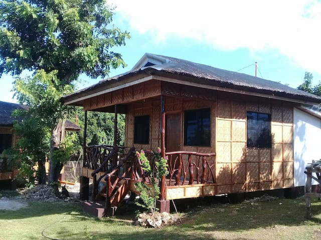 CASA JAMES- BAHAY KUBO 1 WITH KITCHEN