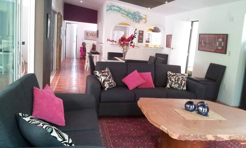 Entertainment Home, Pool, all incl. - Ajijic  - House