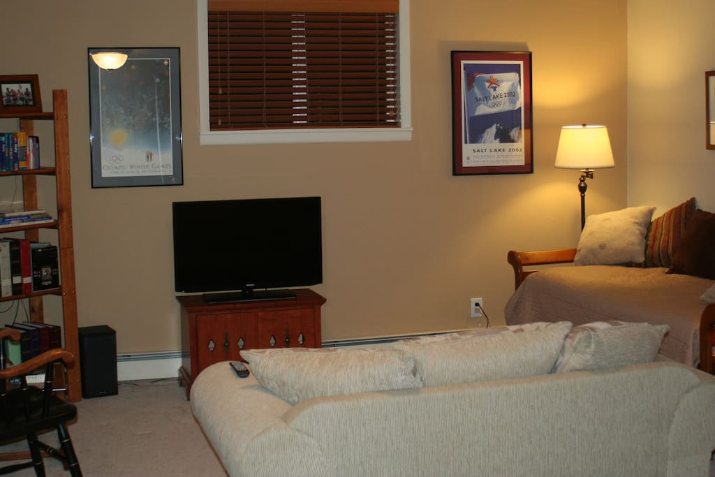 Family Room with trundle bed