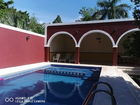 Casa Yucatán. Beautiful house with a pool