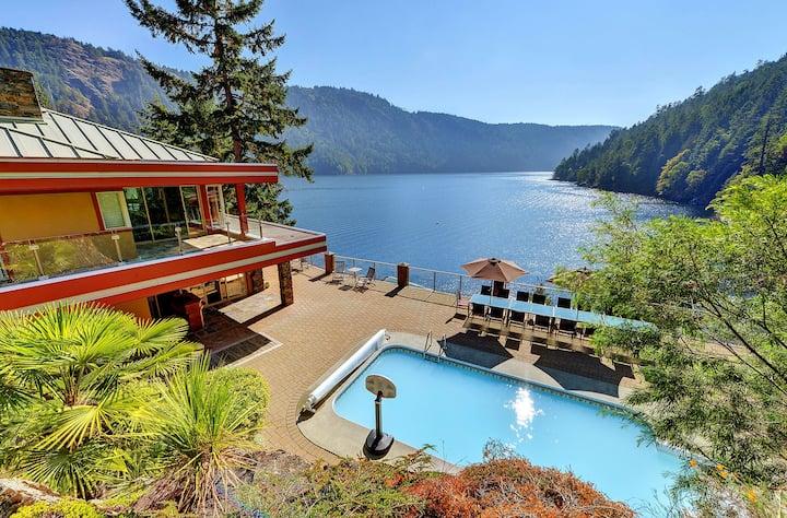 Morningside Estate Water Front Property