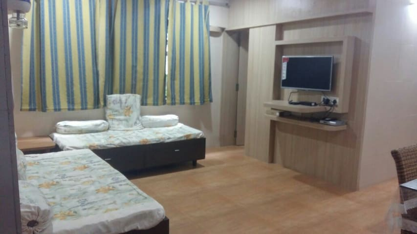 Cosy 2bhk with  Parking - 1st floor