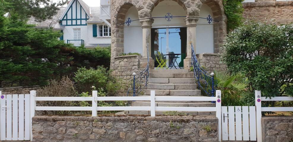Appartement T3 dans magnifique Villa la Tyrolienne