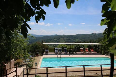 Farmhouse in Apecchio with Swimming Pool, Patio, Garden, BBQ