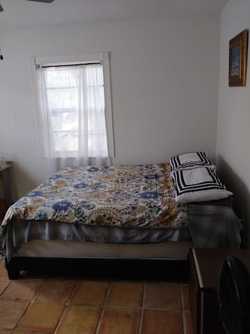 Fine Bedroom w SuperHost Hospitality & Short stays