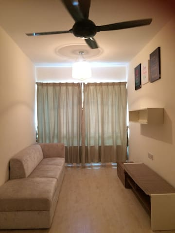 Cosy Home with 2BD1BR and Parking - Telipok, Kota Kinabalu - Kondominium