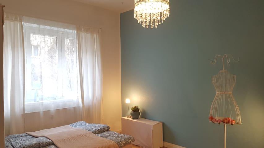 Gemütliches  Zuhause in Lichtenberg :)