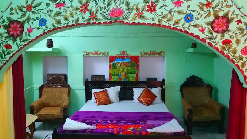 Jodhpur Heritage Haveli Queen Room