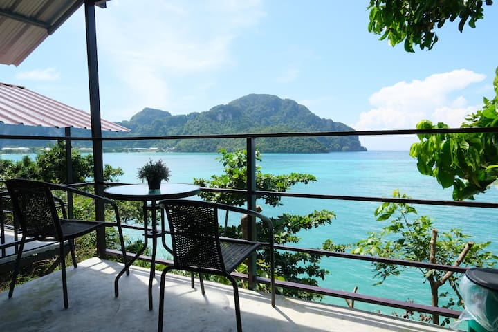 The Seaside Bungalow @Phi Phi island