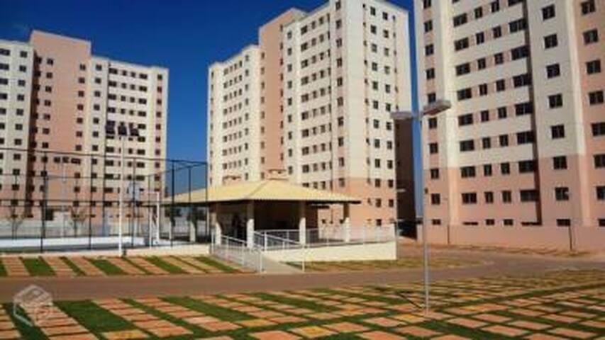 alugo quarto - Valparaíso de Goiás - Appartement