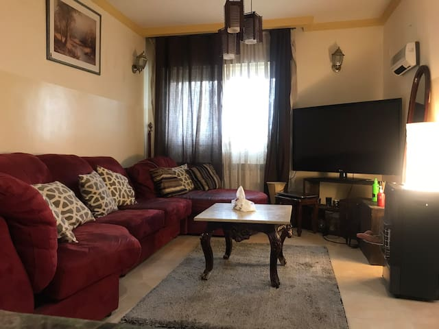 Cozy room in villa in Ramallah