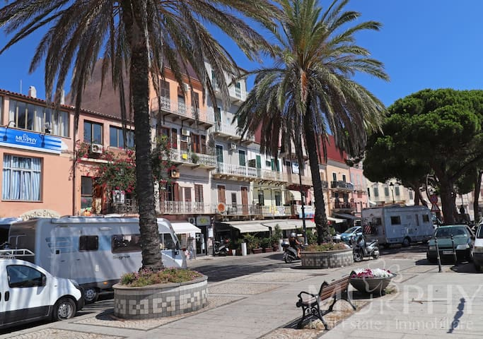 Downtown residence - Studio in the heart of the historic center of La Maddalena