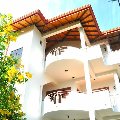 Ranjith villa - Aluthgama - Apartment