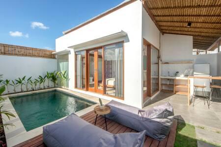 cozy private villa with private pool