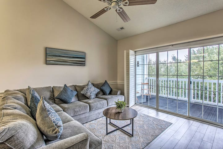 NEW! Cozy Coastal Condo: 2 Mi to Shop, Golf & Swim