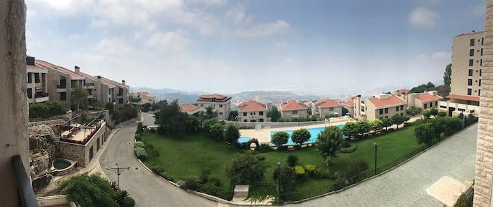 Superb 2 Brm apptm. Aitat overlooking Beirut