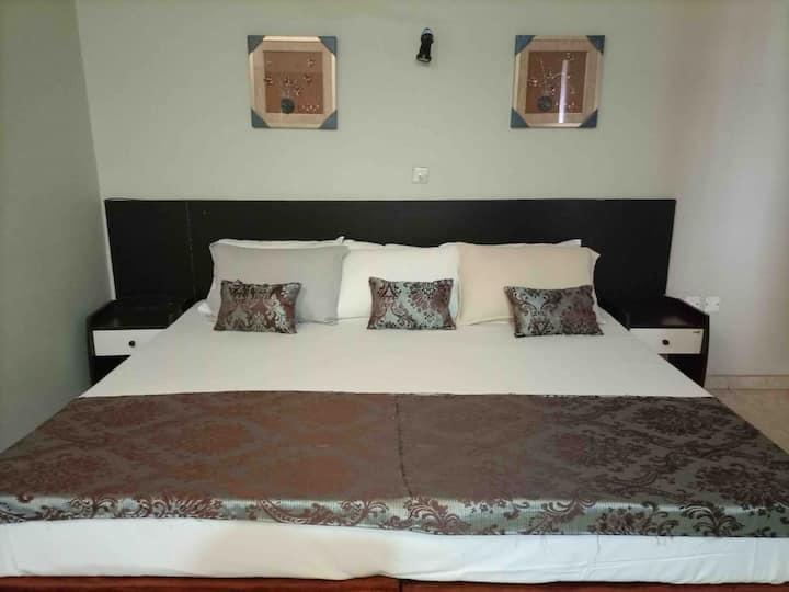 Splendid private suite - Opposite Kumasi City Mall