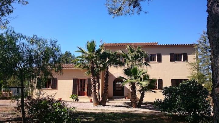 Villa Son Brines.