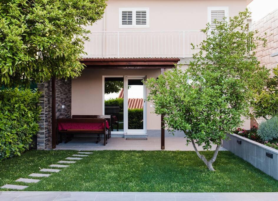 Garden + Terrace