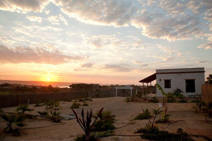 La Casita - Tranquil Scorpion Bay Studio