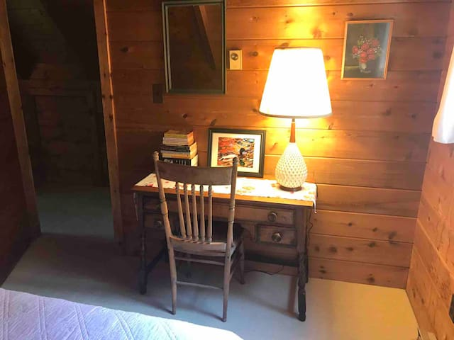 Small writing desk in one of the upstairs bedrooms.