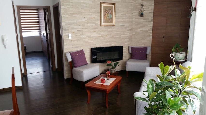 Nice and comfortable at perfect location - Quito