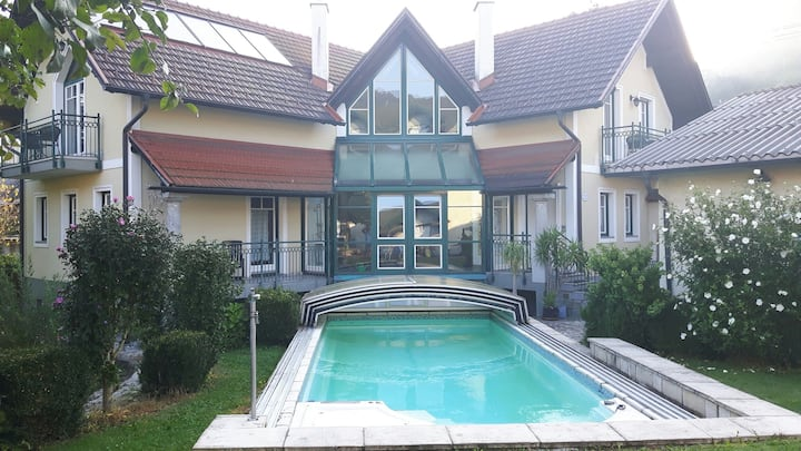Landvilla am Inn , Pool ;Innenhof,